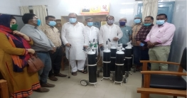পীরগঞ্জ হাসপাতালে অক্সিজেন সিলিন্ডার প্রদান